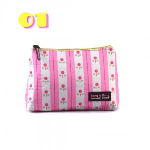 کیف آرایشی دستی کد 01